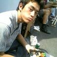 野木太郎、ほおばる。